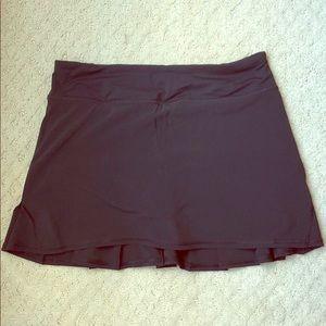 Lululemon Tennis Skirt - Size 6 Tall